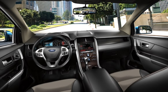 2013 Ford Edge SEL Interior Dashboard.png