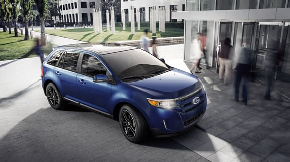 2013 Ford Edge SEL Exterior Front End.png